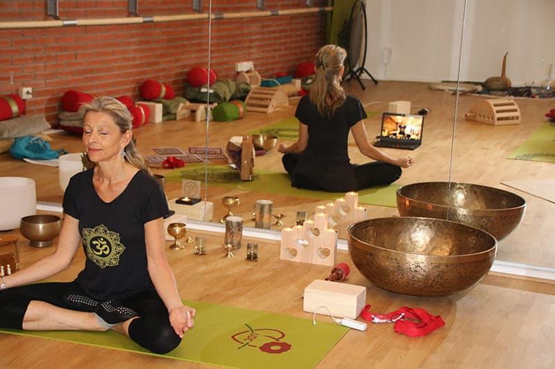 Yoga ZOOM avec Ritama