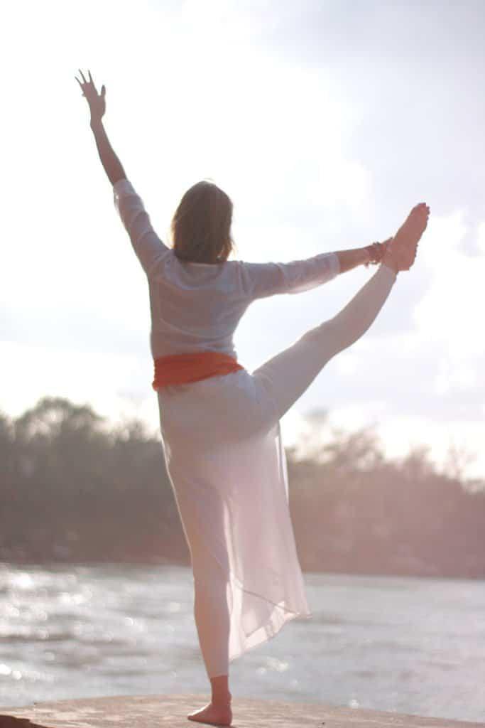 Postures de yoga avec Ritama