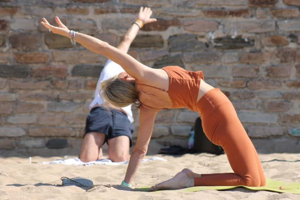 Yoga sur la plage à Pornic